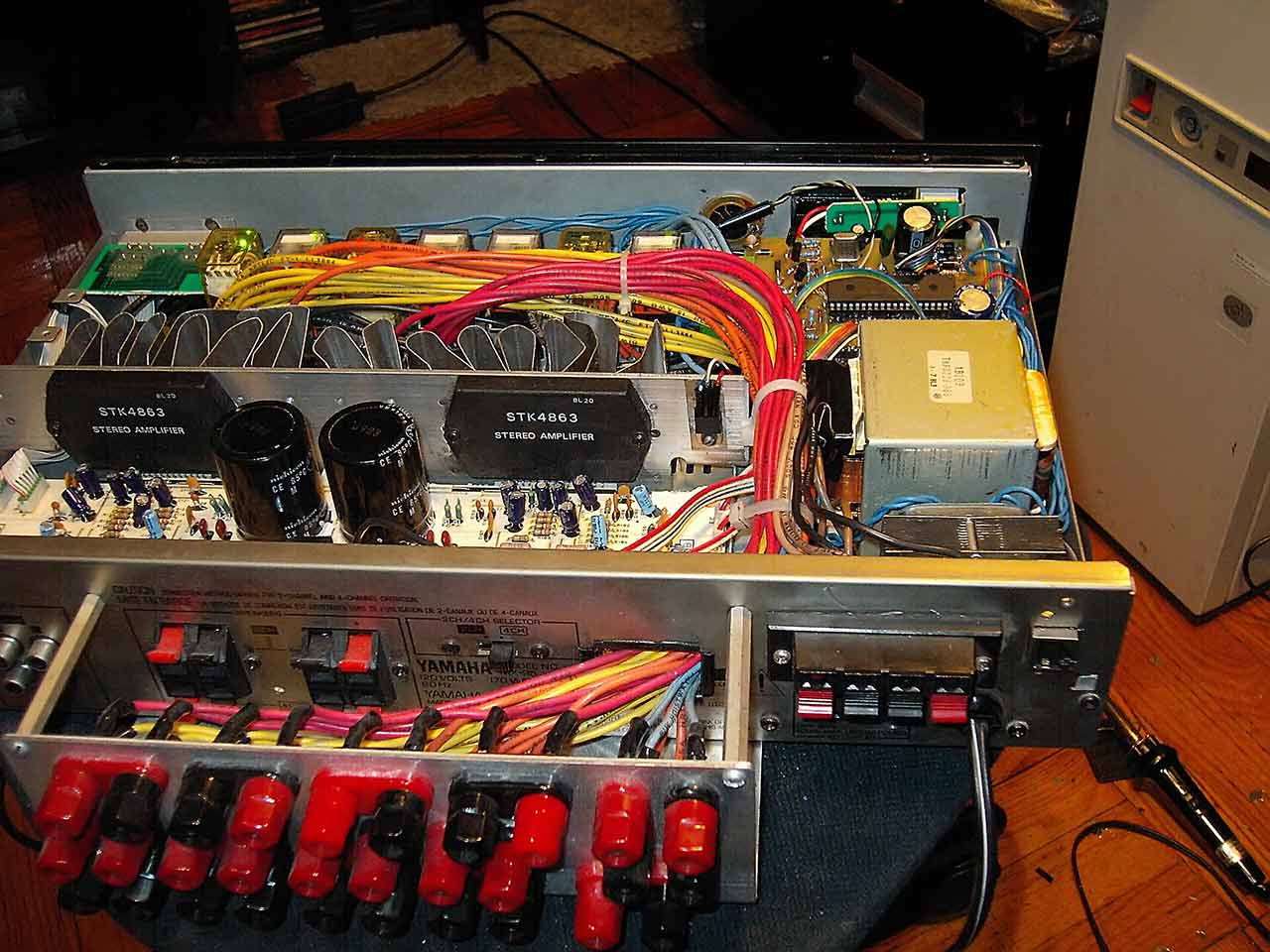 Microcontroller For Audio System Relay Switch Tube Amp The Picture Sch1 Shows Only One Wire Has To All 4 Wires At Same Time From Every That Is Why We Have Use 4p 2t Relays